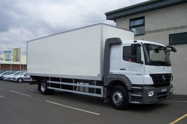 New 18 Tonne Trucks on rental fleet
